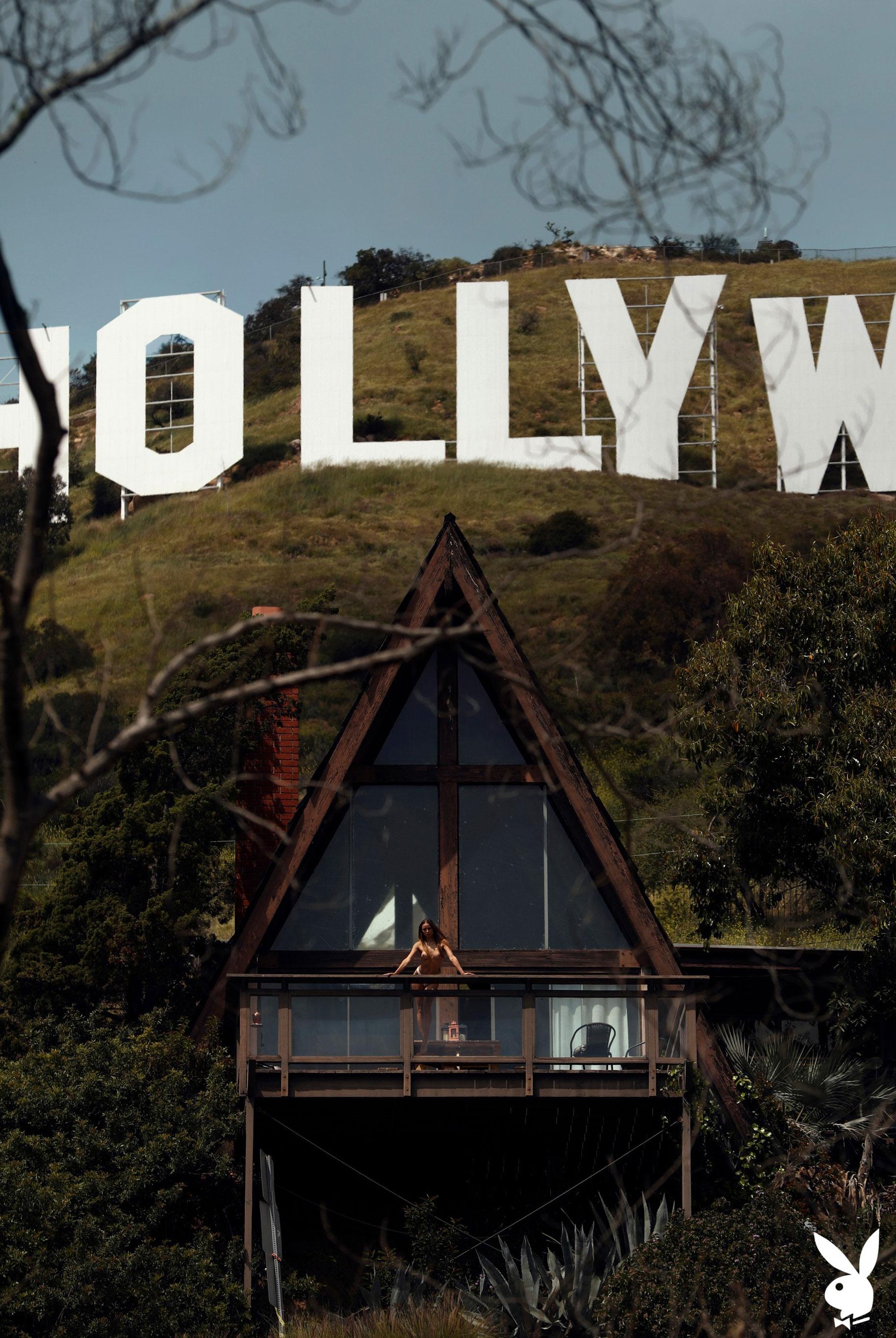 голая Адель Вакула в Голливуде и на страницах журнала Playboy / фото 08