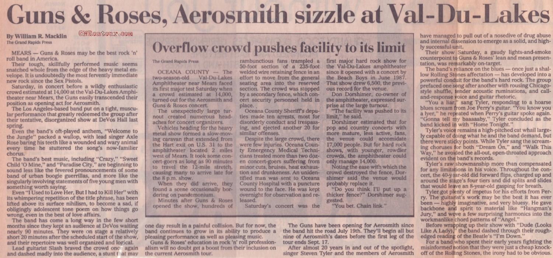 1988.07.30 - Val Du Lakes Amphitheatre, Mears, USA FpJG0qPJ_o
