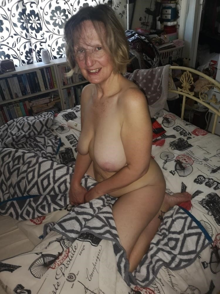 Cunnilingus with wife-5779