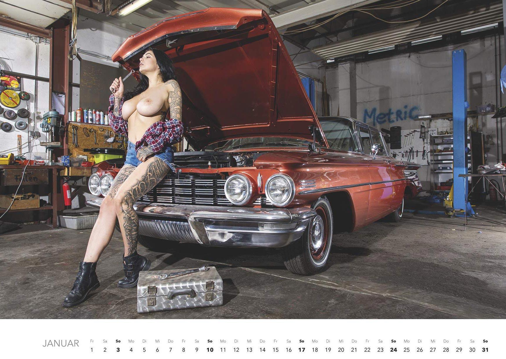 Эротический авто-календарь -Отвертка мечты 2021- / январь
