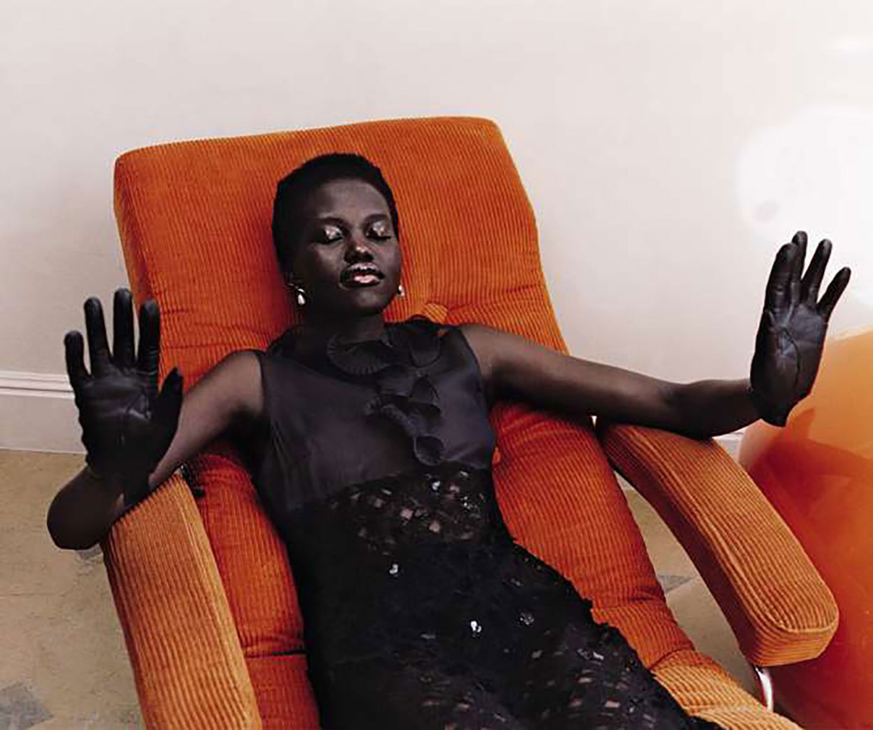 Le Jeu de la Seduction / Adut Akech and Rianne van Rompaey by Harley Weir / M Le magazine du Monde september 2018