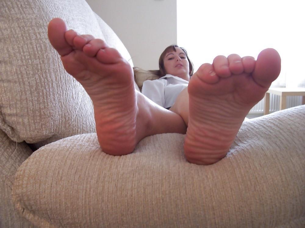 Schoolgirl feet porn-6361