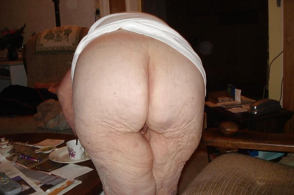 Chubby old granny porn-3090