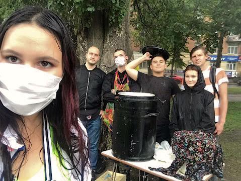 Команда ФНБ под дождём