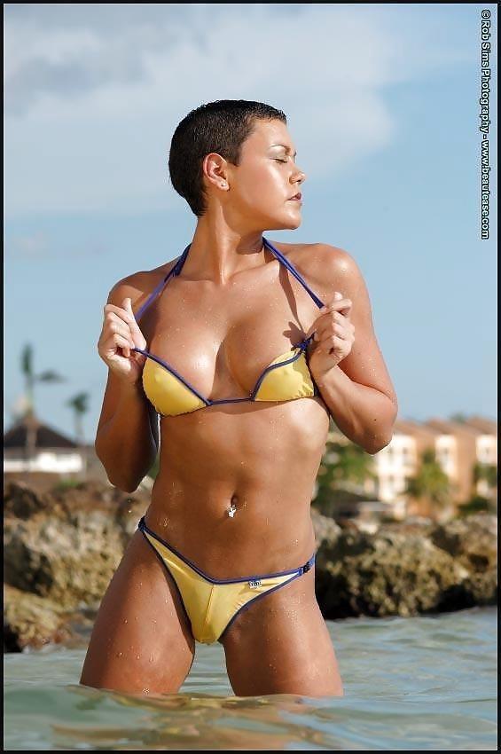 Beautiful fit naked women-2668