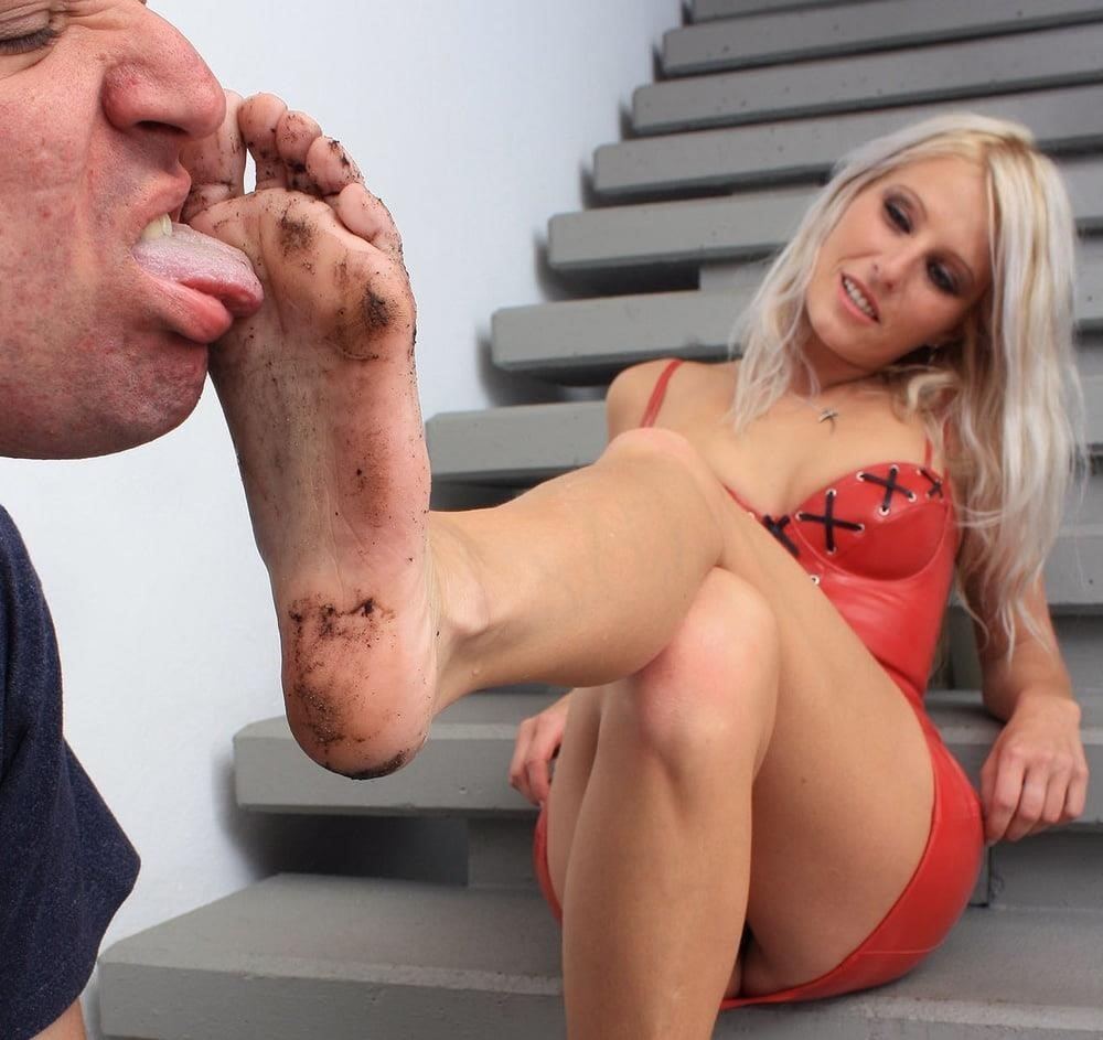 Mistress dirty feet worship-2847
