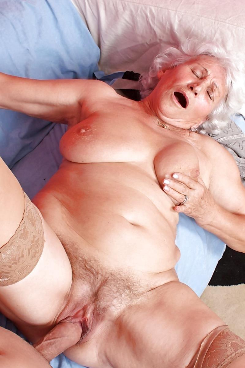 Teen and granny lesbian-3727