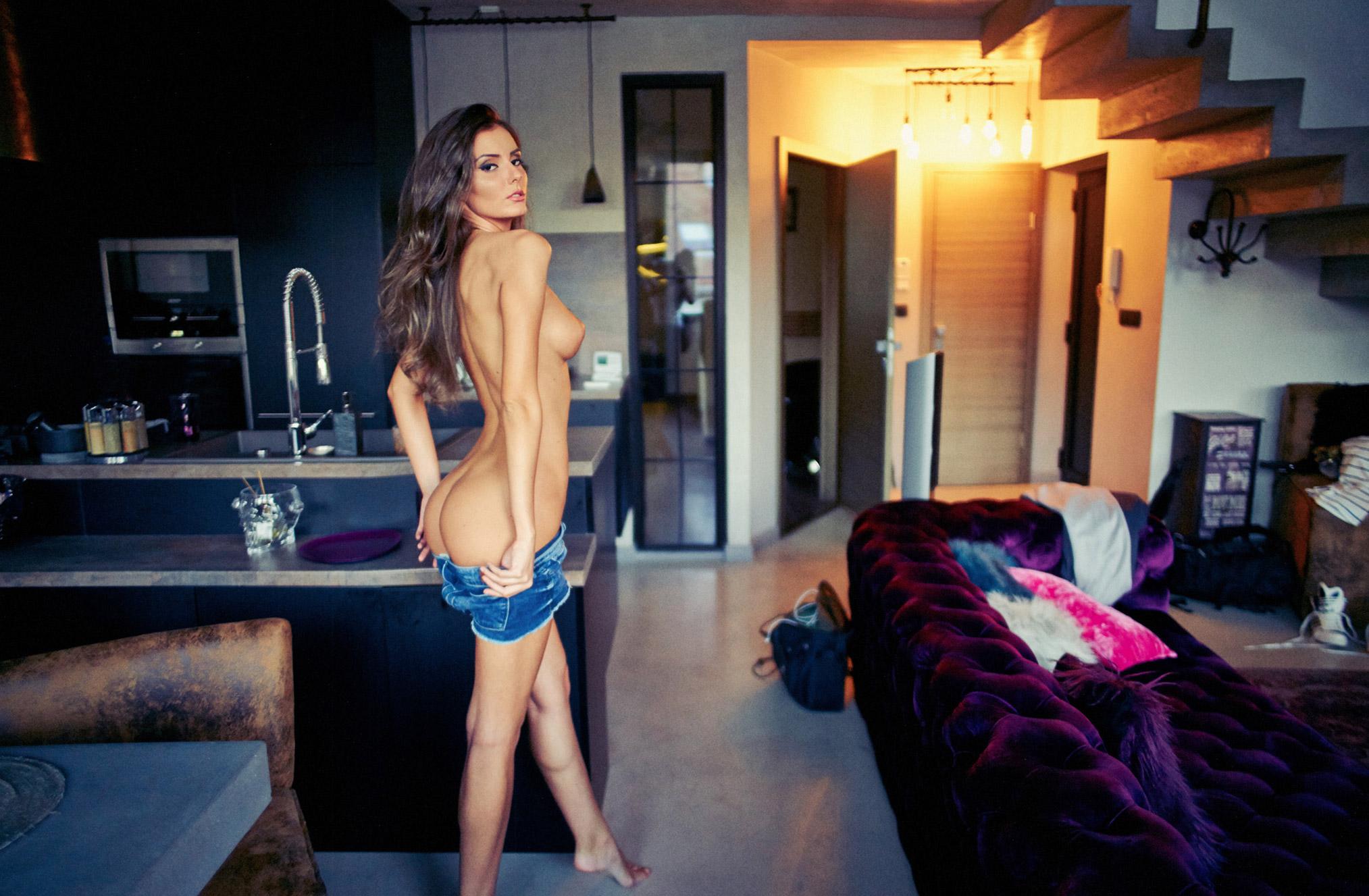 Noemi nude by Paul Ripke