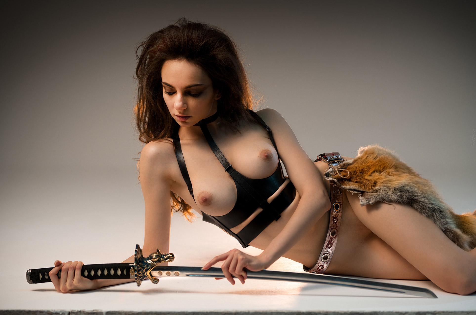 Марго Амп / Margo Amp nude by Vladimir Nikolaev / The Warrior
