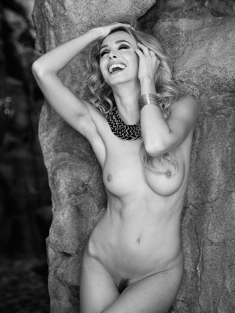 Urania nude by Martin Wieland