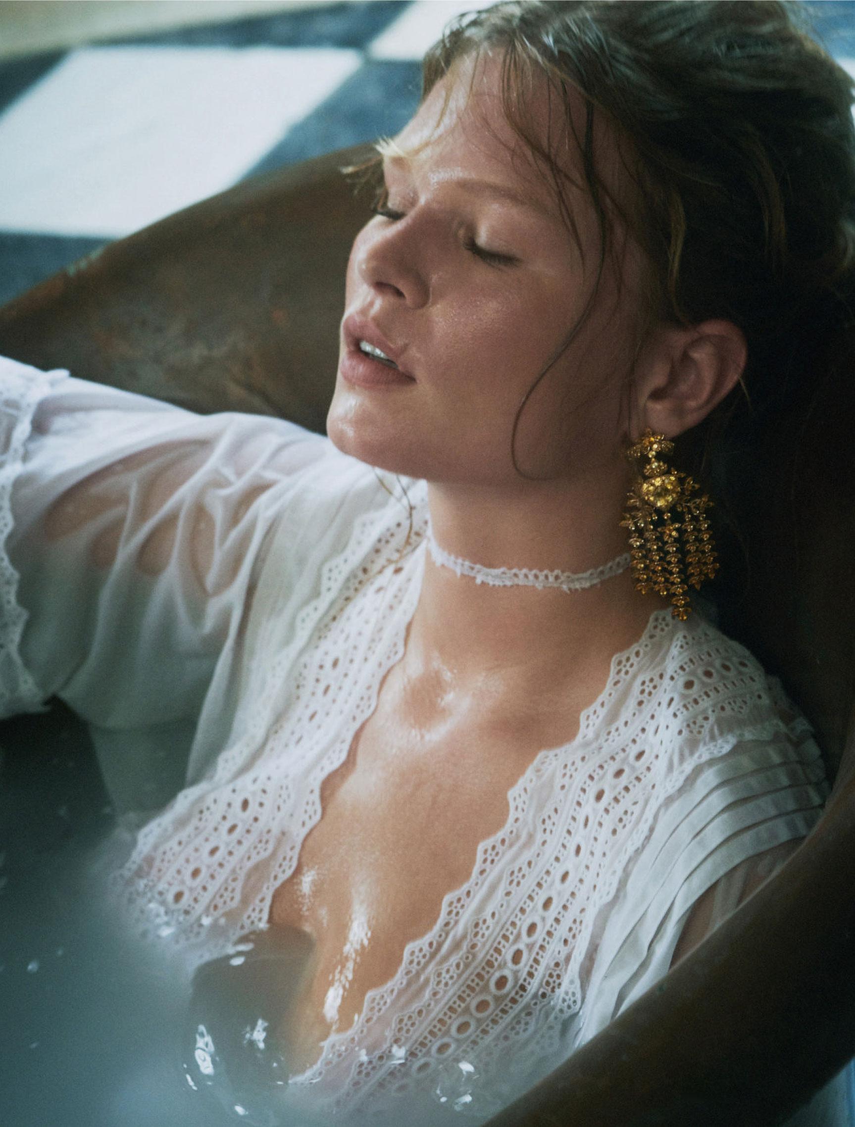 Обычная жизнь королевы / Анна Юэрс, фотограф Шарлотта Уэльс / фото 05