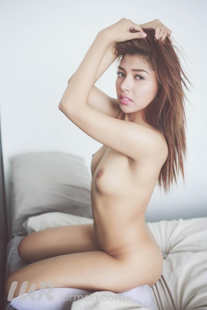 Hd big boobs pic-4903