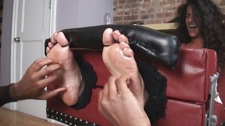 Bondage tickle feet-8489