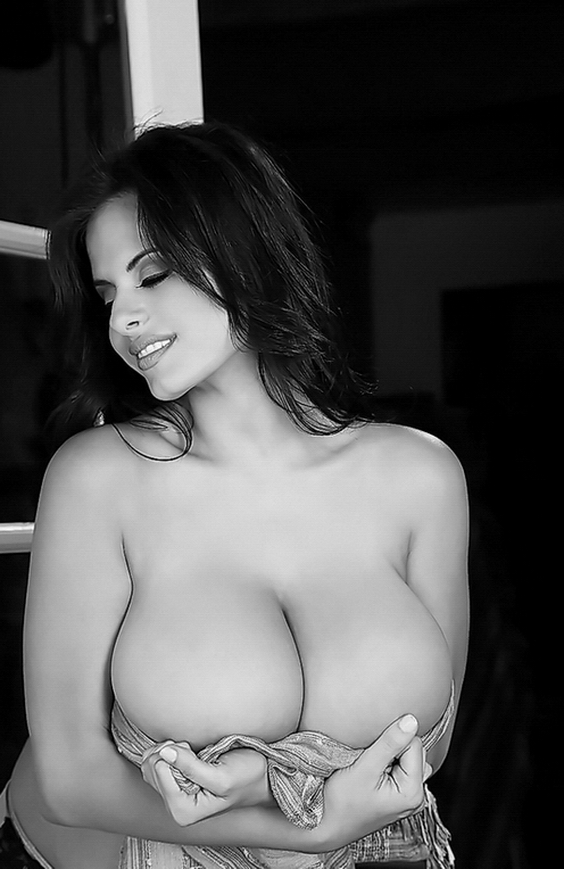 Black and White Sexy Girls Photography Innocent vs Naughty