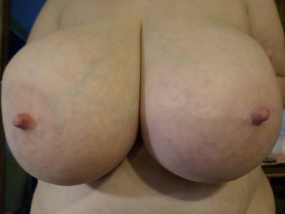 Big natural boobs big nipples-7142