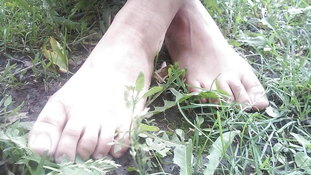 Petite latina feet-7821