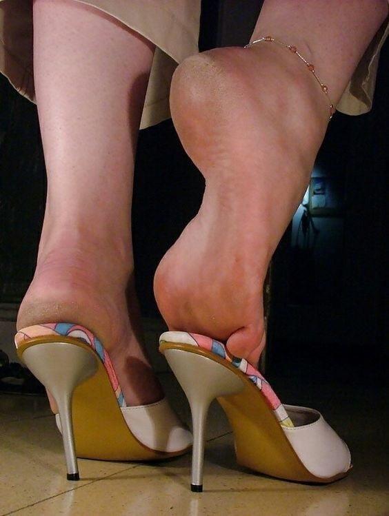 Sexy women feet porn-6172