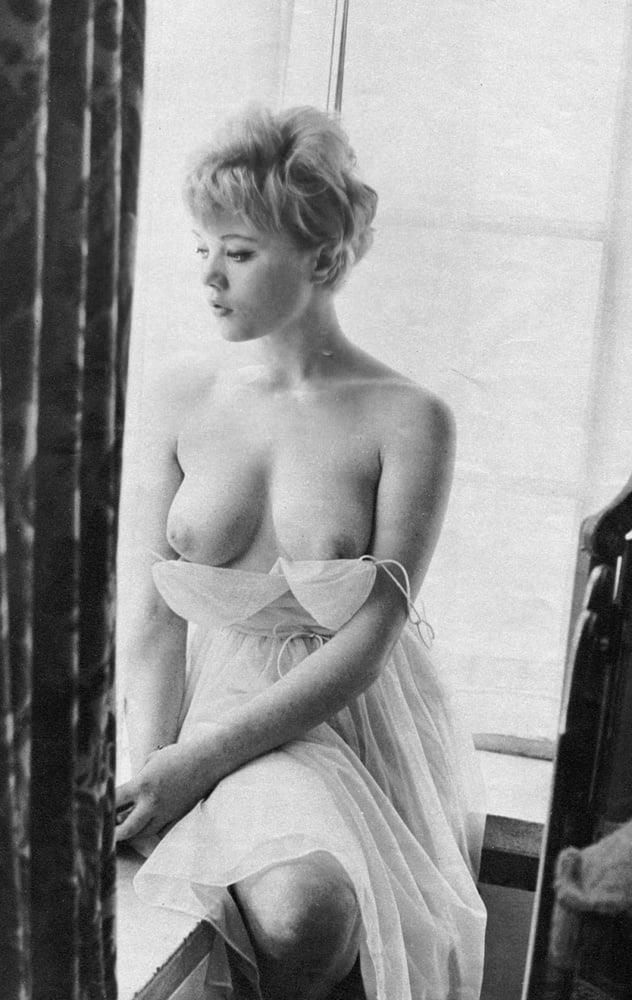 Big boobs model photo-1971
