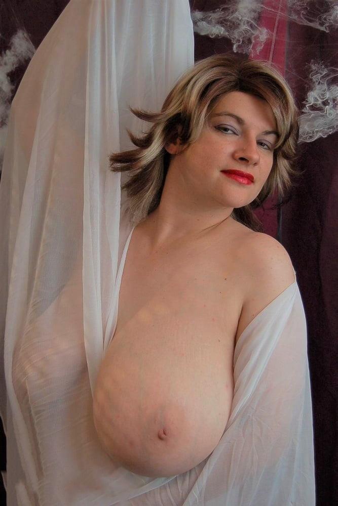 Big tit mature naked-6123