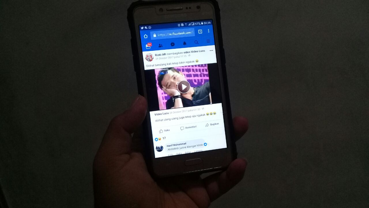 Download video Facebook dari Android