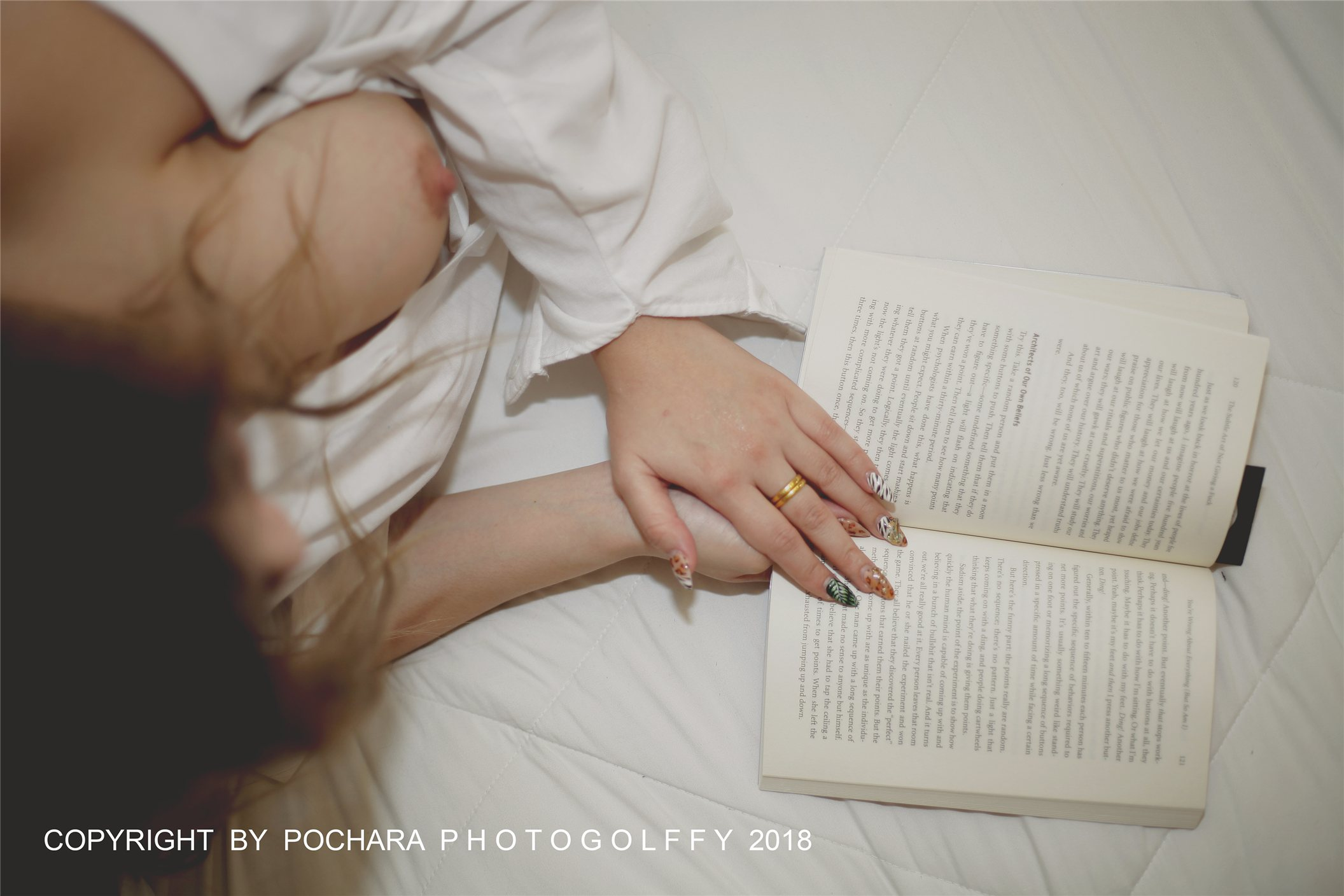 Jenny Hottie by Pochara Photogolffy