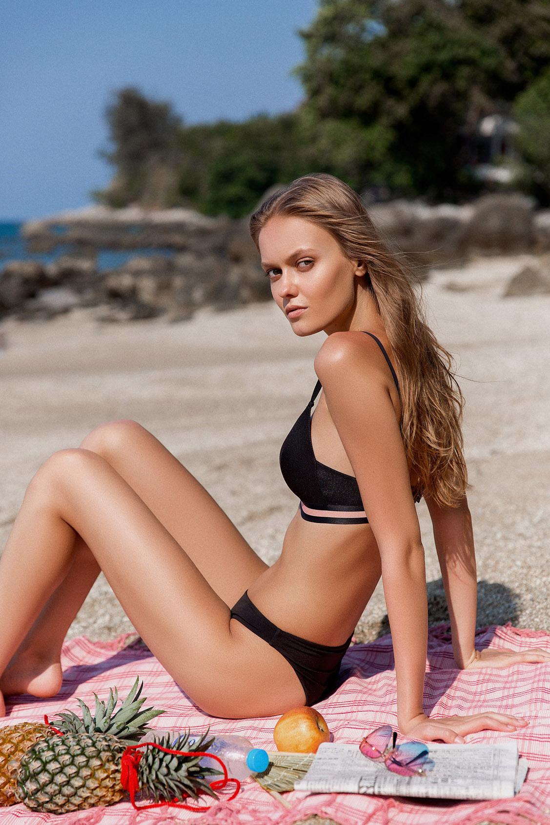 Отпуск на пляжах Пхукета / Alessia Merz by Ilya Bukowski / Yume Magazine