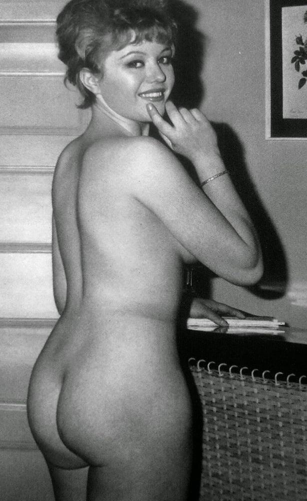 Big boobs model photo-8104