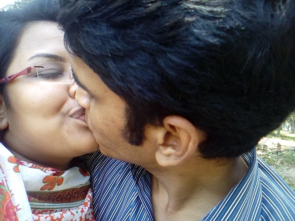 Desi lesbian hot kissing-2078