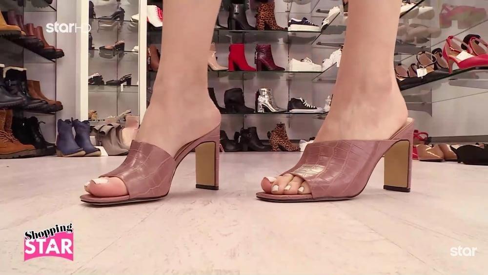 Teen foot orgy-6982