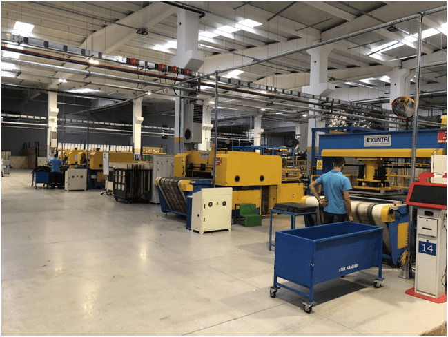 Kuntai Machinery Provides Quality 100 Ton Sealing and Heating Cutting Machine With The latest Technologies To Assure Quick and Efficient Product Production