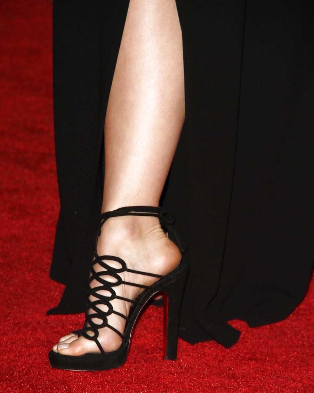 Ebony feet hd-4085