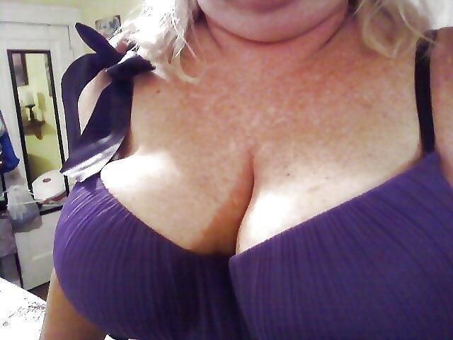 Nude granny big boobs-6272