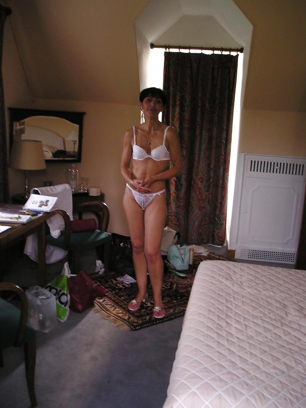 Hot girls bathing naked-6256