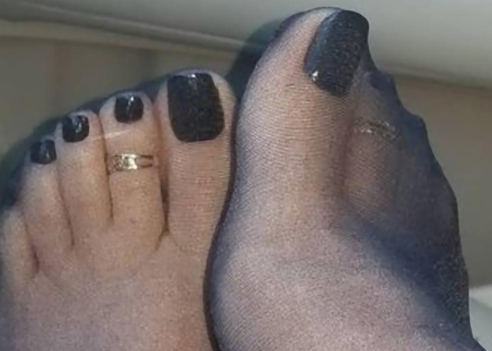 Nylon feet porn hd-8327