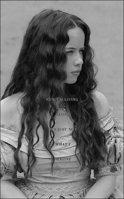 Anna Popplewell  - Page 2 1vflE1Bb_o
