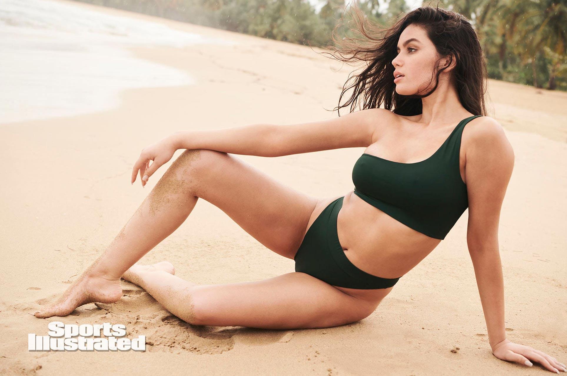 Энн де Паула в каталоге купальников Sports Illustrated Swimsuit 2020 / фото 25