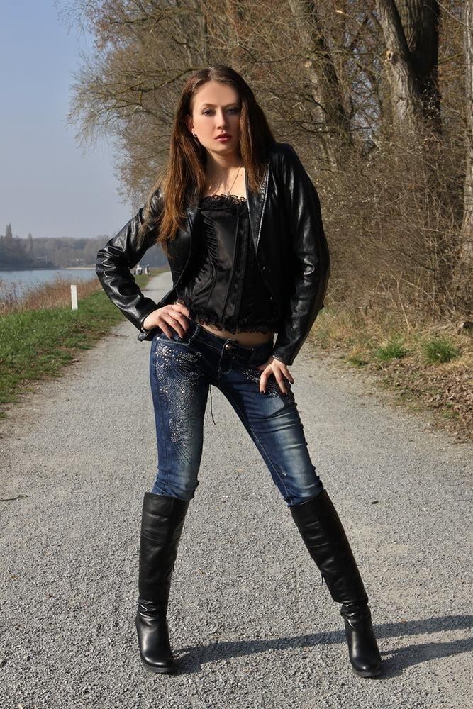 Divided jean jacket-8221