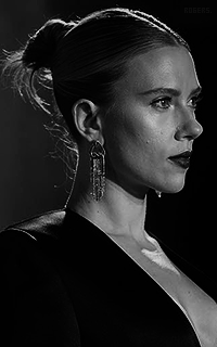Scarlett Johansson YJltV2aU_o