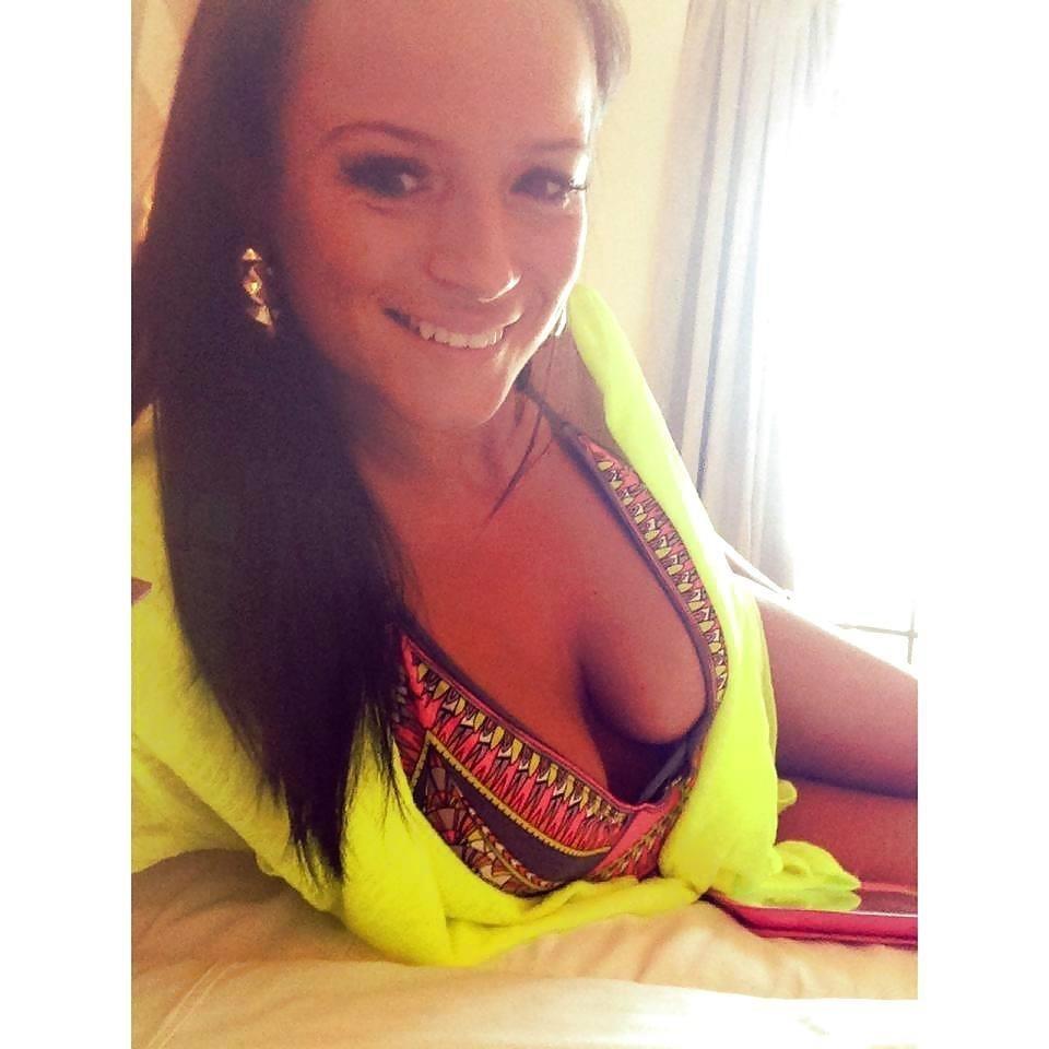 Babe selfie nude-9664
