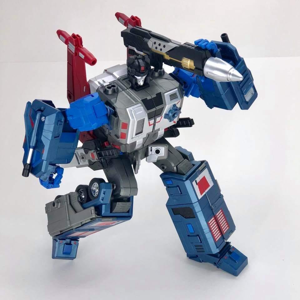 [FansHobby] Produit Tiers - MB-06 Power Baser (aka Powermaster Optimus) + MB-11 God Armour (aka Godbomber) - TF Masterforce - Page 4 CAYRhj0c_o