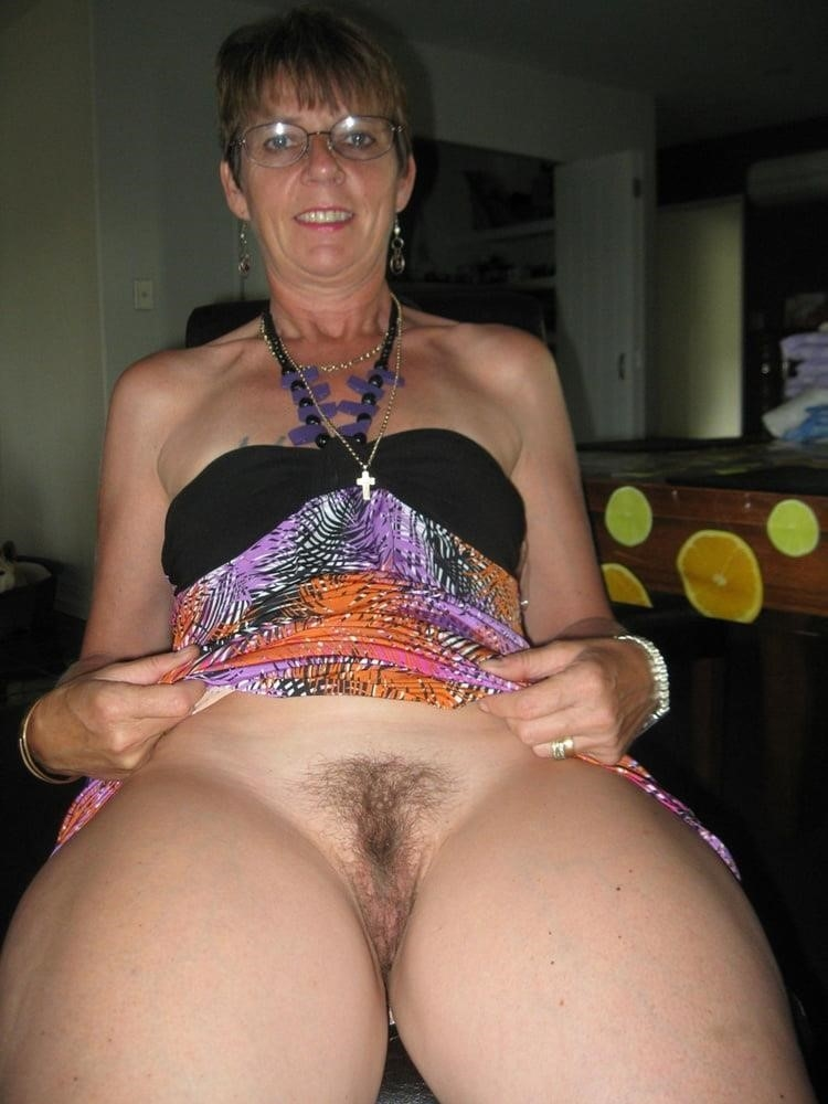 Mature women sex pics-6381
