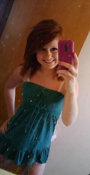Ginger teen nude selfie-8398