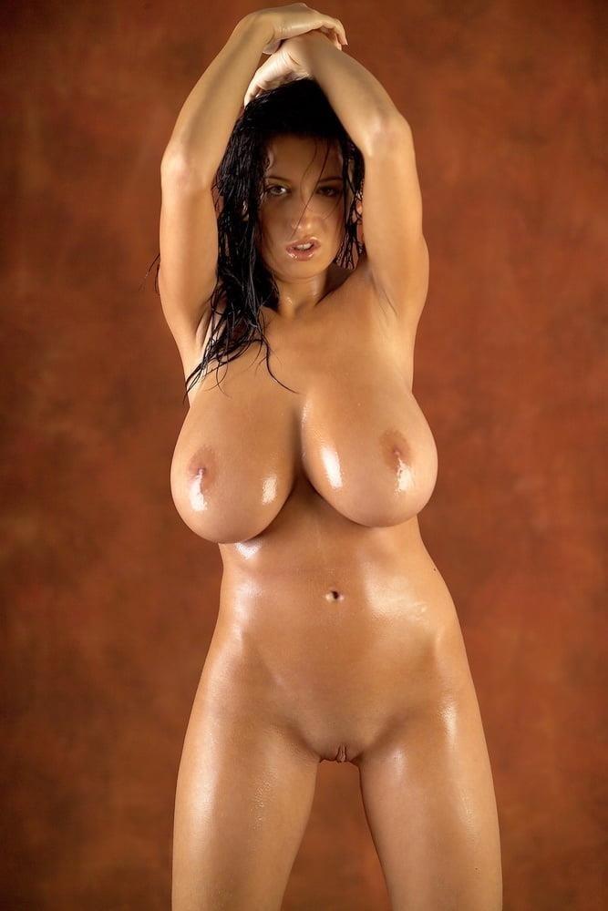 Beautiful big naked boobs-3832