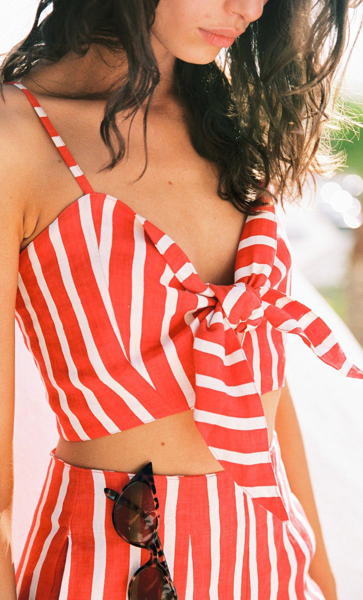 Коллекция купальников и пляжной одежды Faithfull the Brand, лето 2019 / фото 11