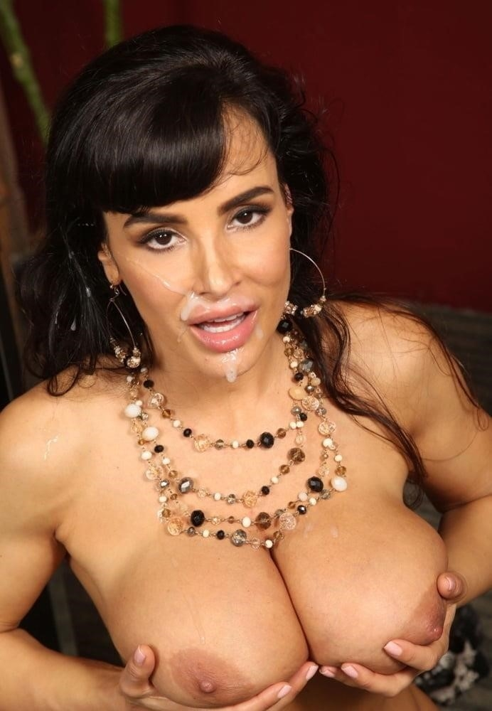 Lisa ann in naughty america-7054
