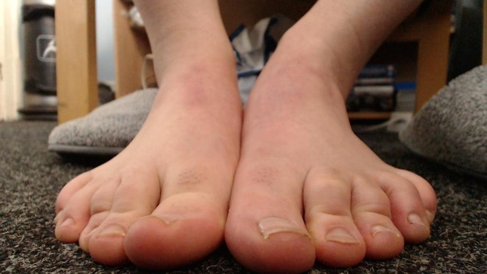 Male feet vids-5592
