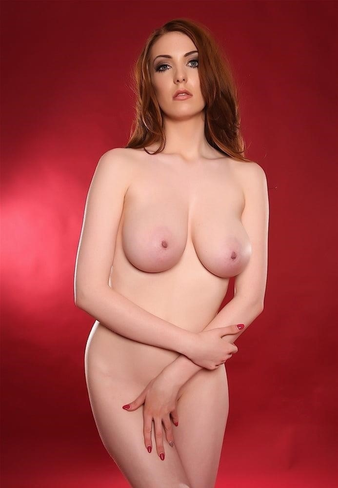 Beautiful big naked boobs-5884