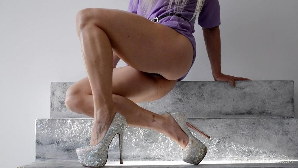 Bodybuilder female clit-6126