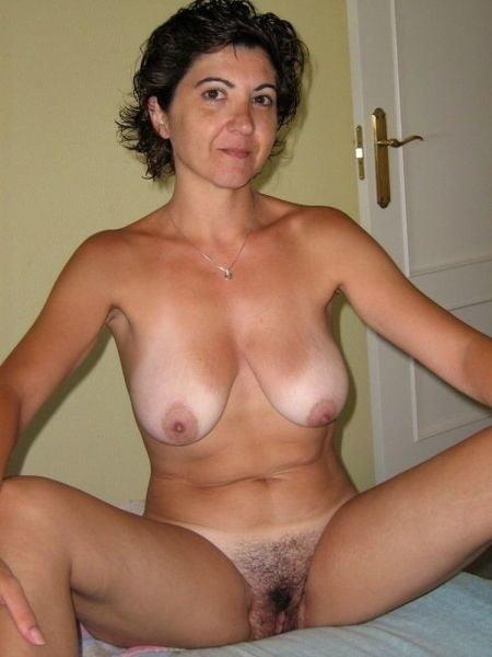 Naked mature tgp-3874