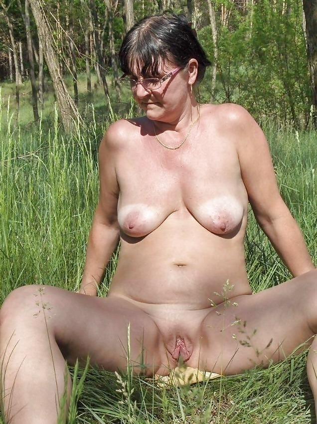 Mature bbw naked-8436